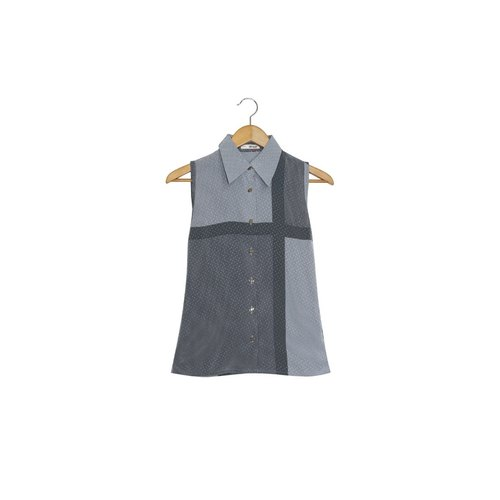 Metamorphosis ash | vintage sleeveless shirt