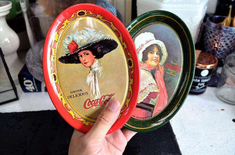 Antiques 1975 Coca-Cola Lady Pattern Metal Plate Display US Import