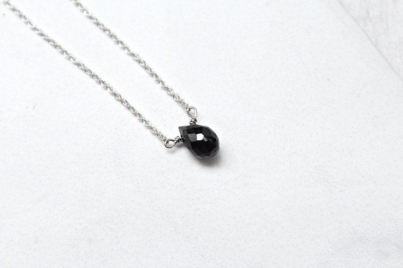July Birthstone - Black Spinel Spine スピネル 316L Sterling Silver Clavicle Necklace