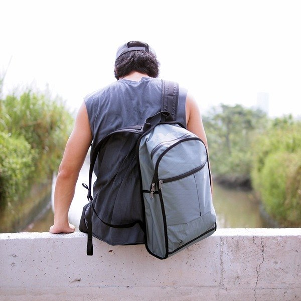 ZIRCON minimalist backpack ash