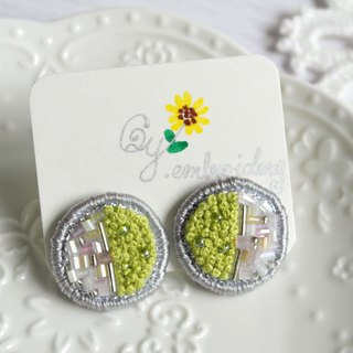 Qy.embroidery round yellow green sequins hand-embroidered earrings ear clip