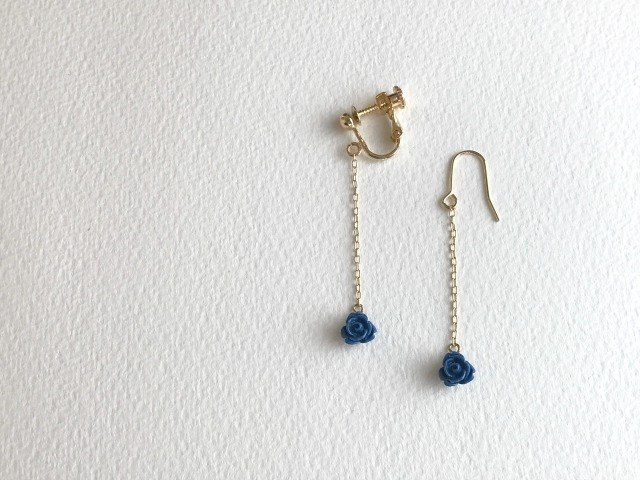 Quartet/blue or rosso(earrings(clip-on or pierced ))