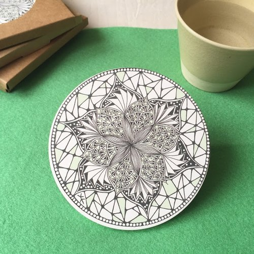 Ceramic Tangles Coaster/ Flowers in Green/ Spring Greenery