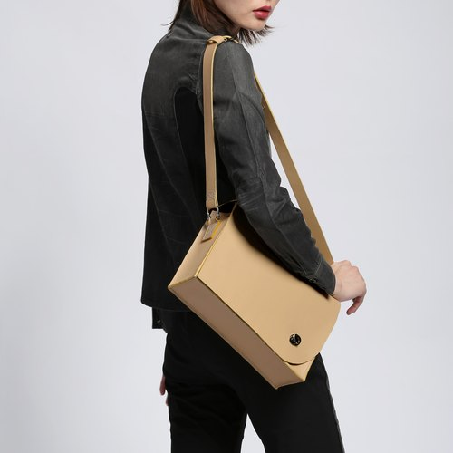 Zemoneni beige leather lady shoulder bag