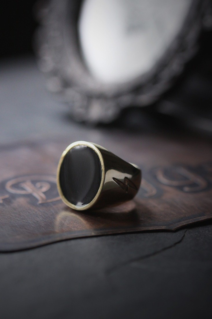 Simple Round Black Ring with Lightning Etching.