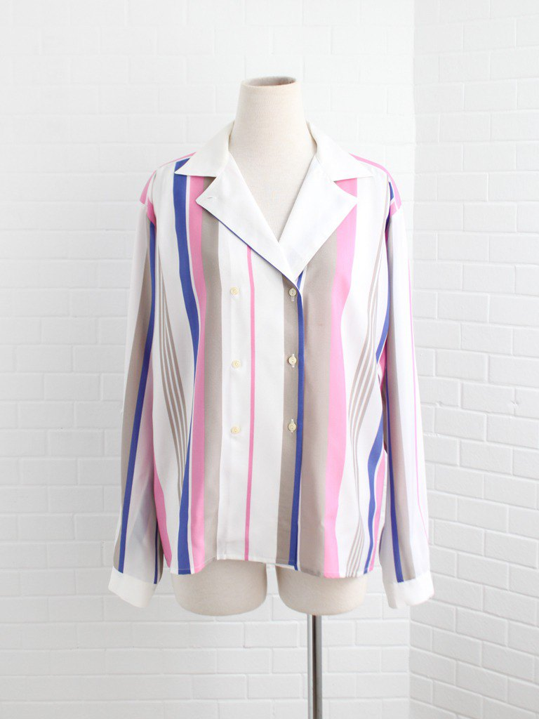 Retro European fresh and simple early spring loose v-neck personality geometric pink blue striped long-sleeved vintage shirt