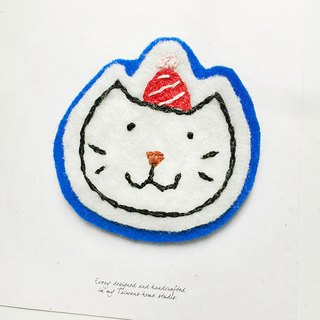 Cha mimi. Hand-embroidered Love embroidery!- Pin x喵咪