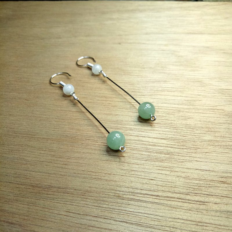 [Hongsheng jewelry] small fresh ear 墬 natural stone