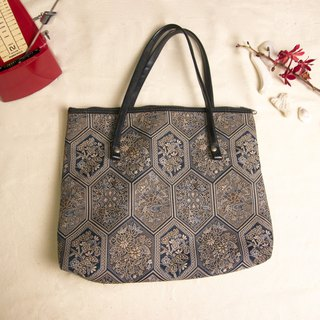 FOAK Ancient Showa Hexagon Flower Embroidery Bag