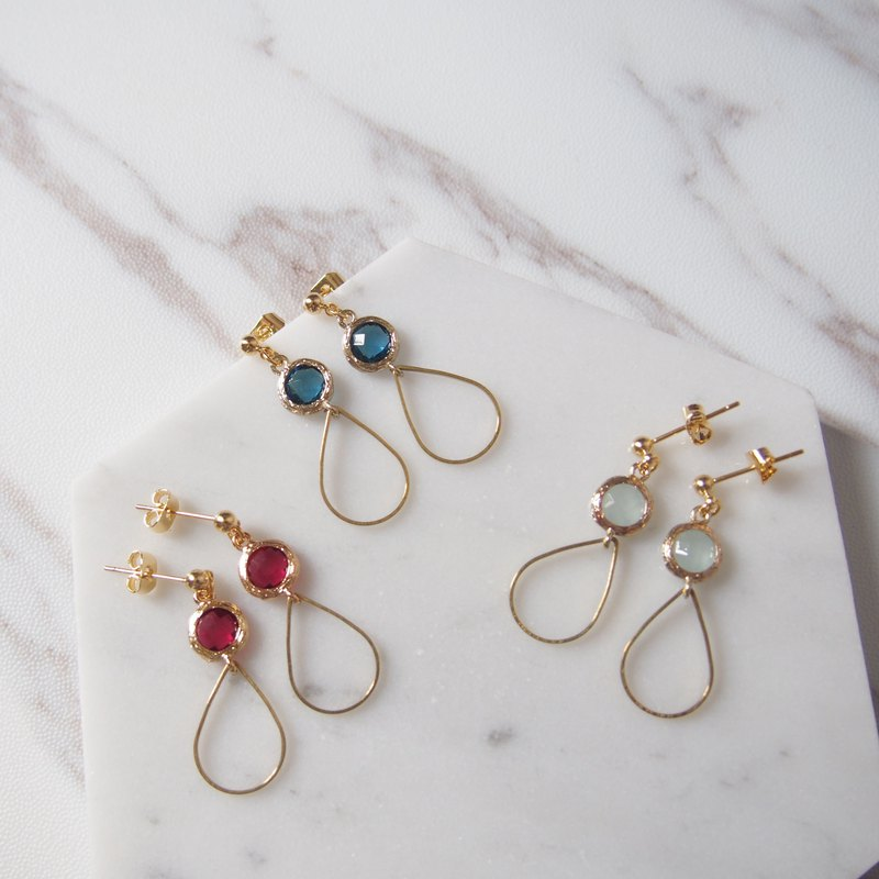 Gold-plated edging glass imitation gemstones • 3 colors • Brass water droplets • Alloy stud earrings