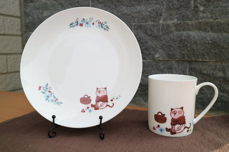 Picnic cat bone china cup set (one cup)