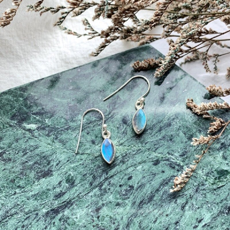 Labradorite 925 sterling silver simple striped earrings horse-eye gemstone