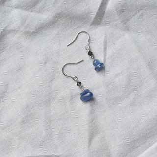 Zhu. Handmade earrings - the creation of sea water
