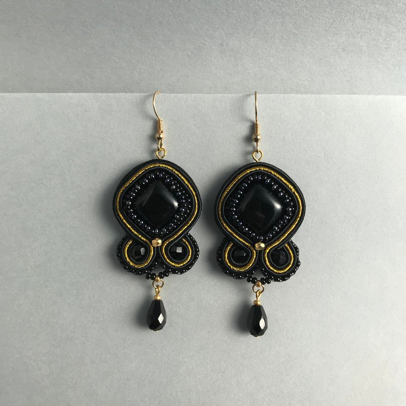 Soutache earrings black rhombus