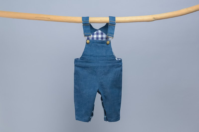 Taiwanese Handmade Bib short with 8 snap leg closure