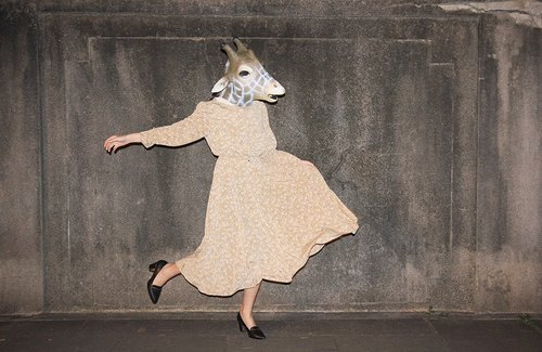 {::: Giraffe giraffe people :::} _ small jasmine cream temperament long-sleeved vintage dress