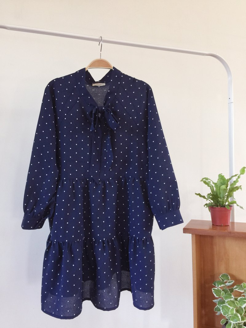 Dark blue tie-up top - starry little
