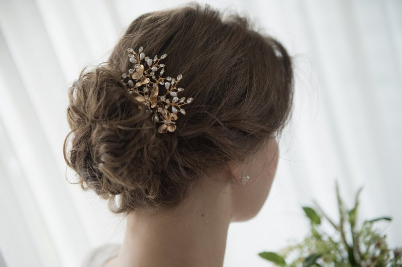 BUTTERFLY gold plated bridal hair comb