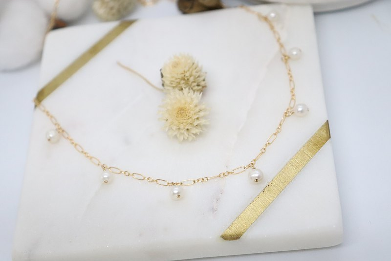 14K Gold Filled Chain White Freshwater Pearls Necklace