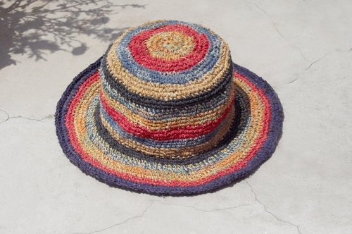 Valentine's Day gift limited handmade weave linen / weaving hat / fisherman hat / sun hat / straw hat - strawberry + blueberry ice cream gradient striped hand-woven hat