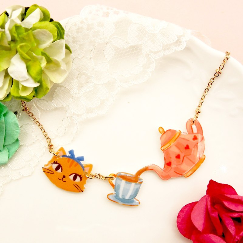 Catty in Wonderland hand-made Alice Cat with tea pot necklace