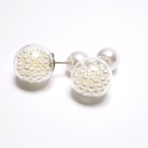 A Handmade imitation pearls around the glass ball with pearl earrings