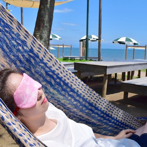 Summer Breeze coral pink/eye mask/free a bag /travel/summer