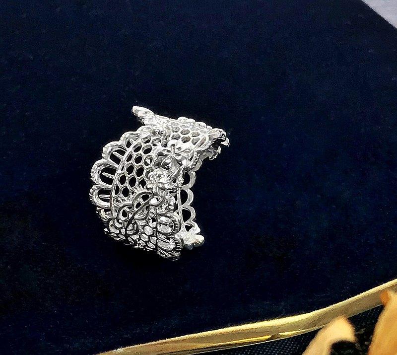 弧邊花網蕾絲純銀戒指 手工可調式戒圍 手感輕珠寶 精緻質感