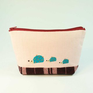 Embroidery cosmetic bag 02-- hedgehog