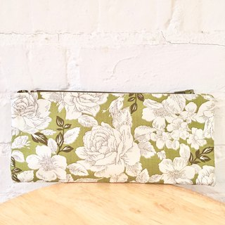 Pencil case with green rose print