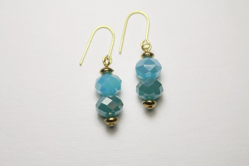 // Glass Crystal Double Beads Series Earrings Haibao Navy / / Micro-Purchase Offer