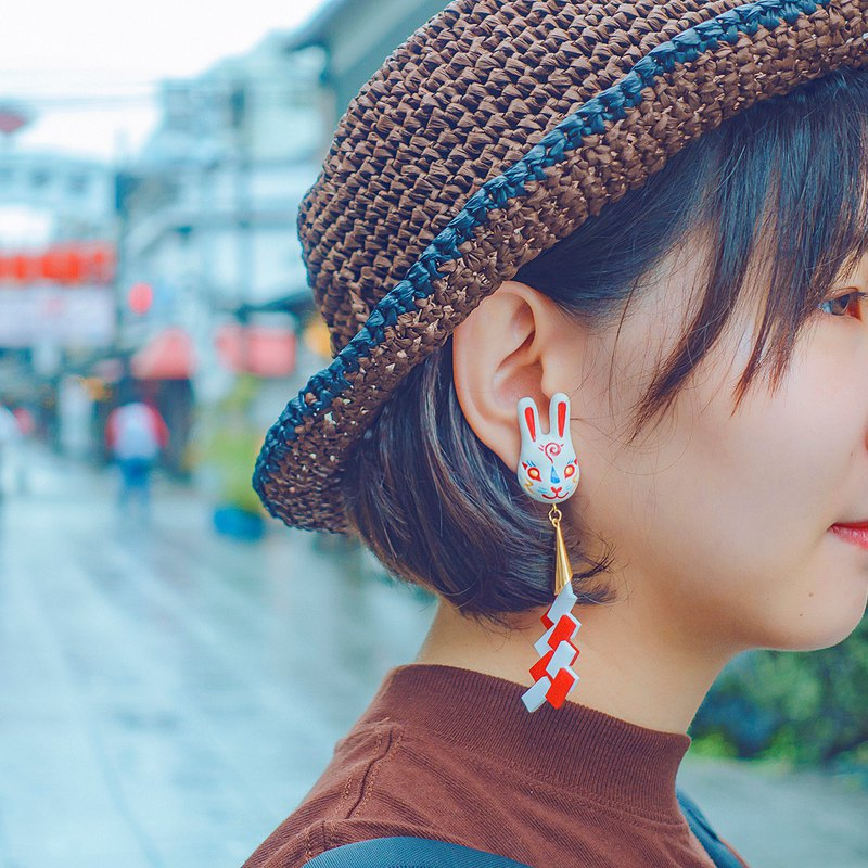[Japan Shrine Wind Earrings Series] Rabbit Faces / Rabbit Mask / Shrine Paper Drop