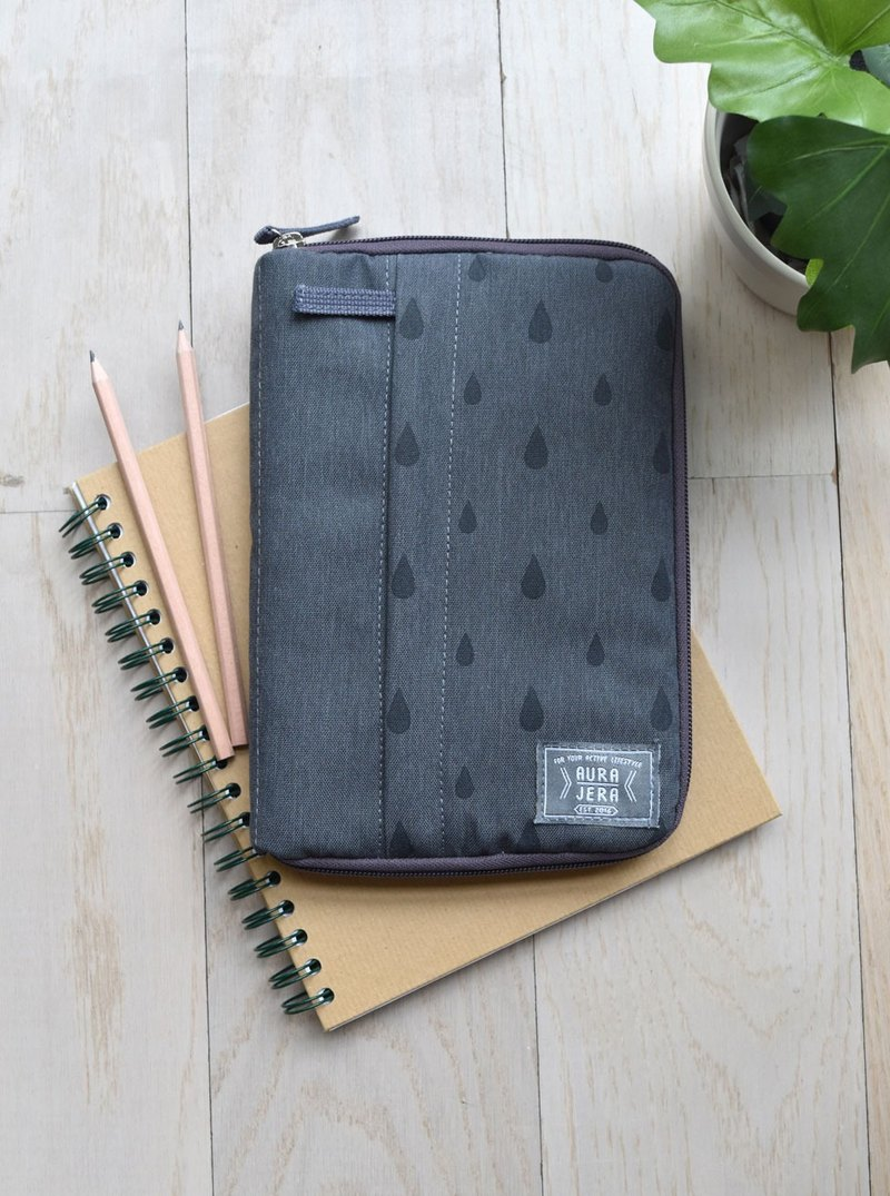 Dark gray Ipad sleeve