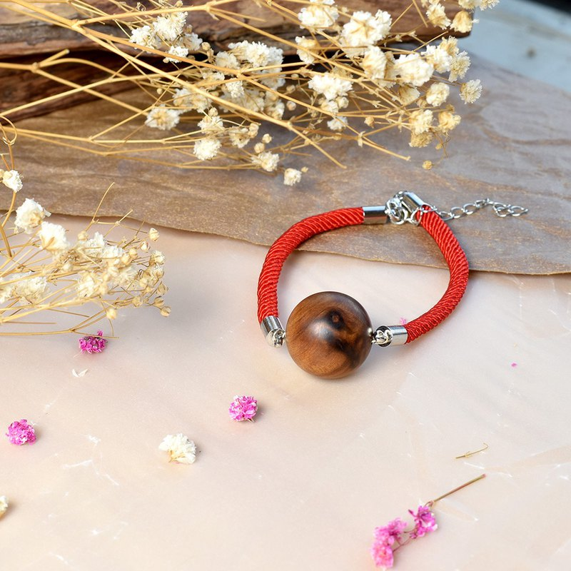 Xiao Nan wooden life red rope lucky bracelet