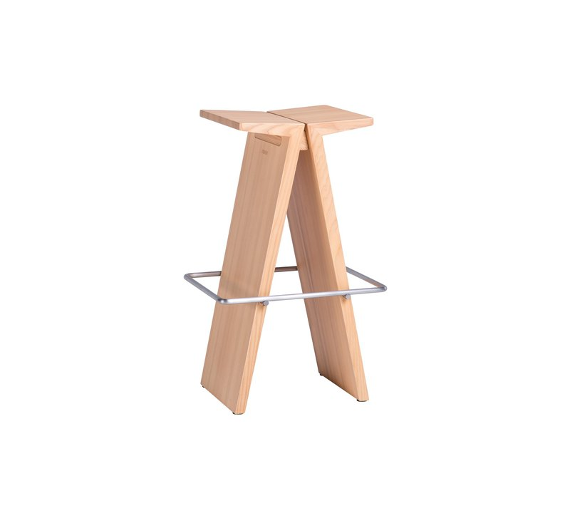 Stool. A Fei chair SH61, six colors are available─ 【有情 门】
