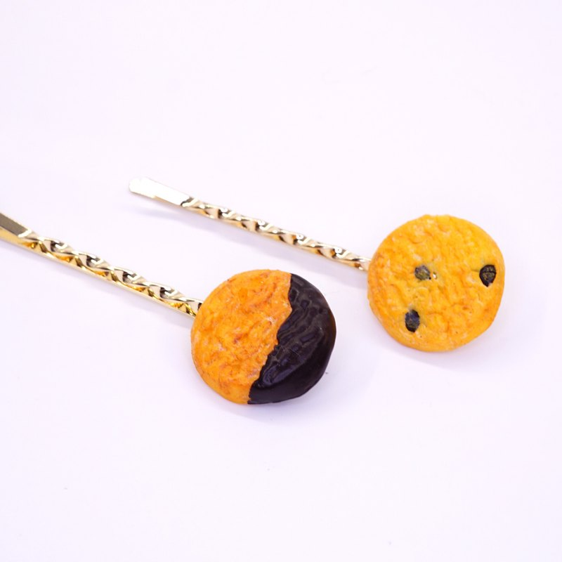 *Playful Design*  Cookie with Chips/ Cookie with Chocolate Sauce Hair Clip