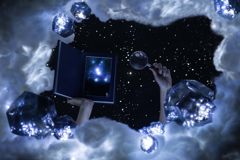 Valentine's Day Gift【12 Constellation Series•CANCER】Starry Night Book Lamp