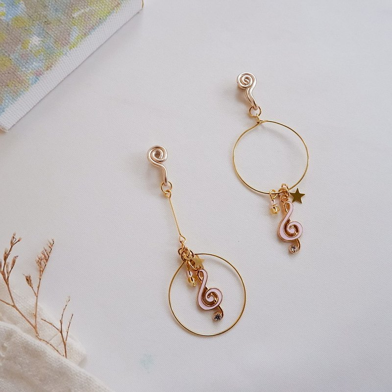 Music conductor ear clip earrings / pink