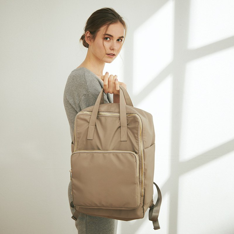 Elsa Nylon Backpack + Ada Carry Bag + No. 3 Inner Bag [Light Brown Gray]