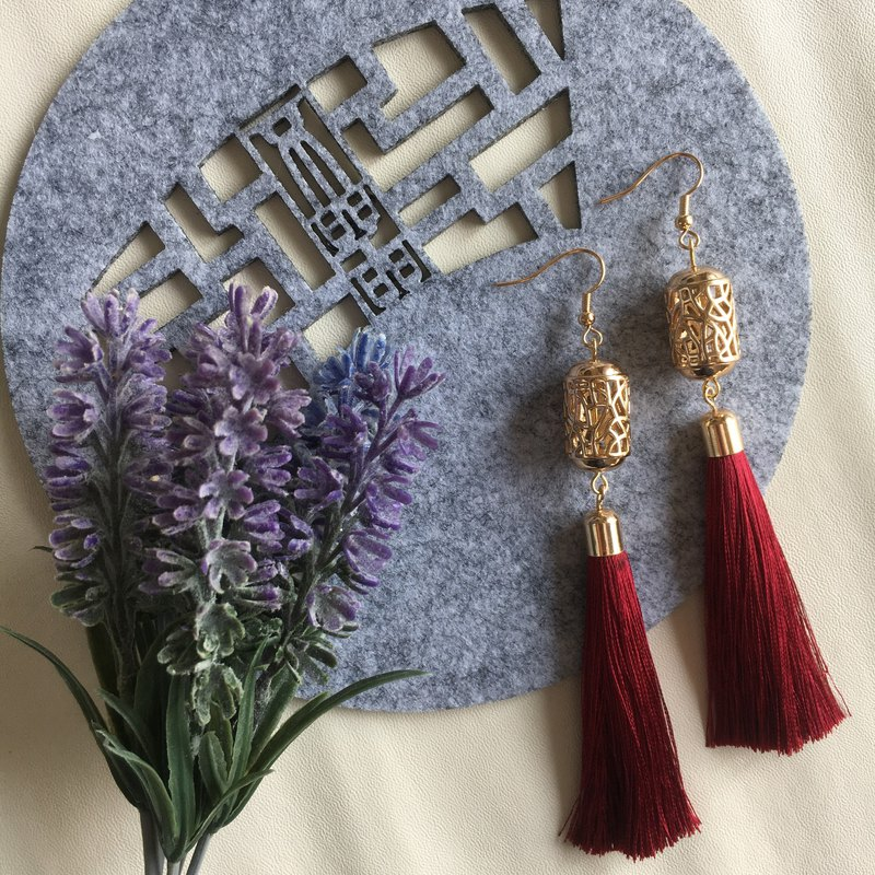 14k Gold-Plated Lattice Barrel Tassel Earrings
