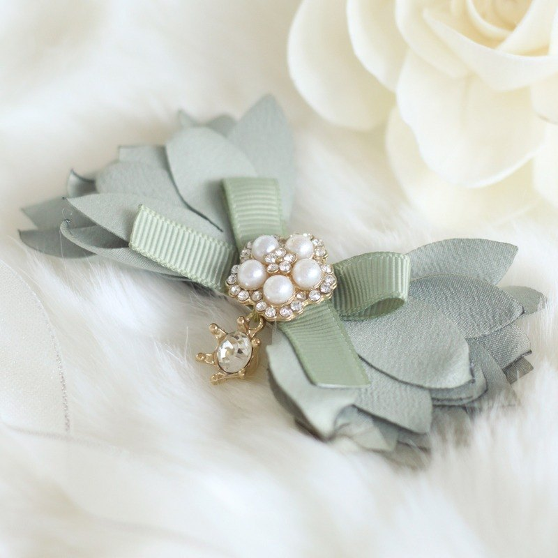Romantic Pastel Petal Hair Clip