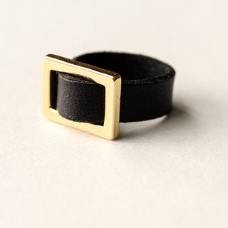 [Day daily] gold button leather black ring