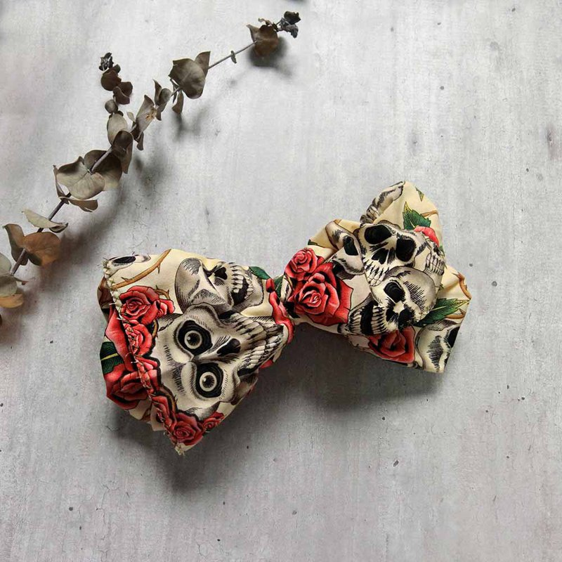 White 骷髅 rose giant butterfly hair band - the whole strip can be taken apart