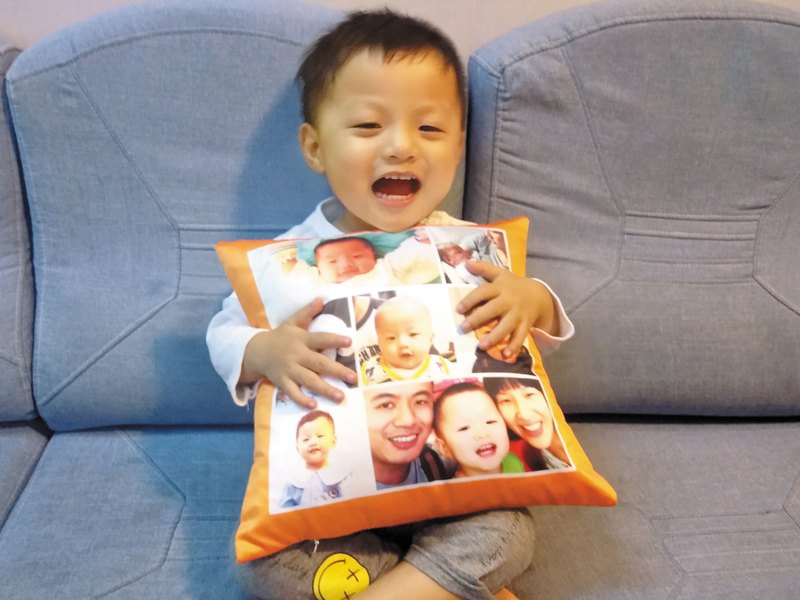 Personalized custom made photo cushion / pillow (Baby Go Grow Glow)