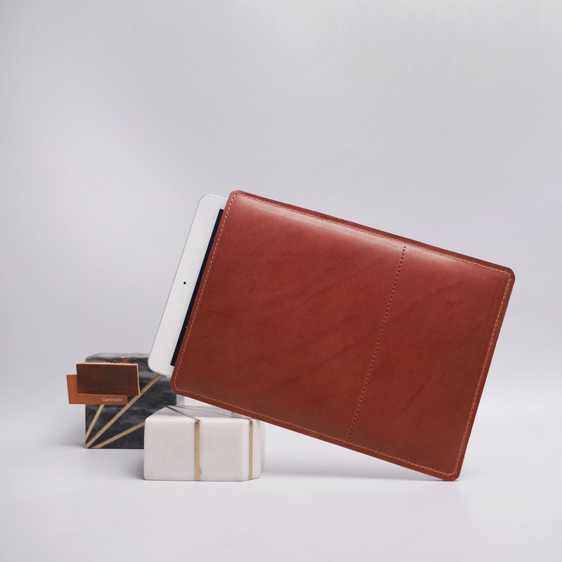 Brown Leather iPad sleeve in minimalist design.Available for all iPad models