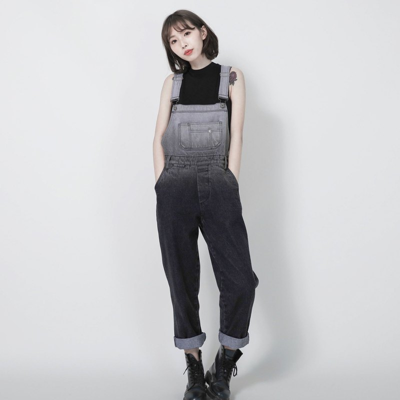 SU: MI said Oxidation_ render gradient suspenders _7SF200_ dark gray gradient