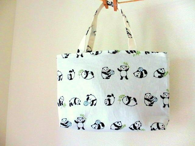 New pattern! Panda's petit handbag