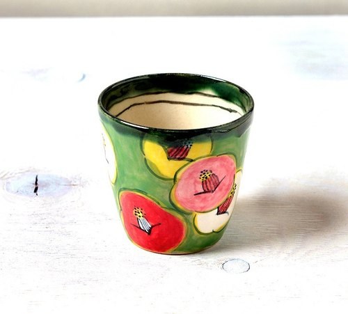 Free cup of Smile Camellia (green)
