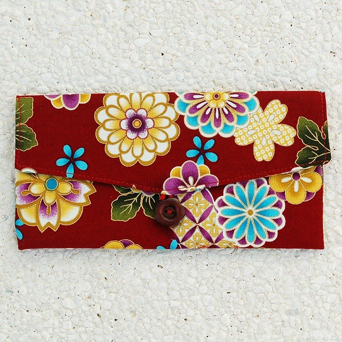 Flowers bloom red bag / wallet