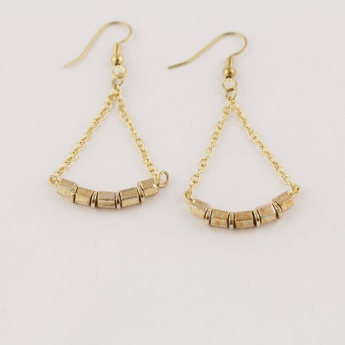 // cradle antique bead earrings // ve120